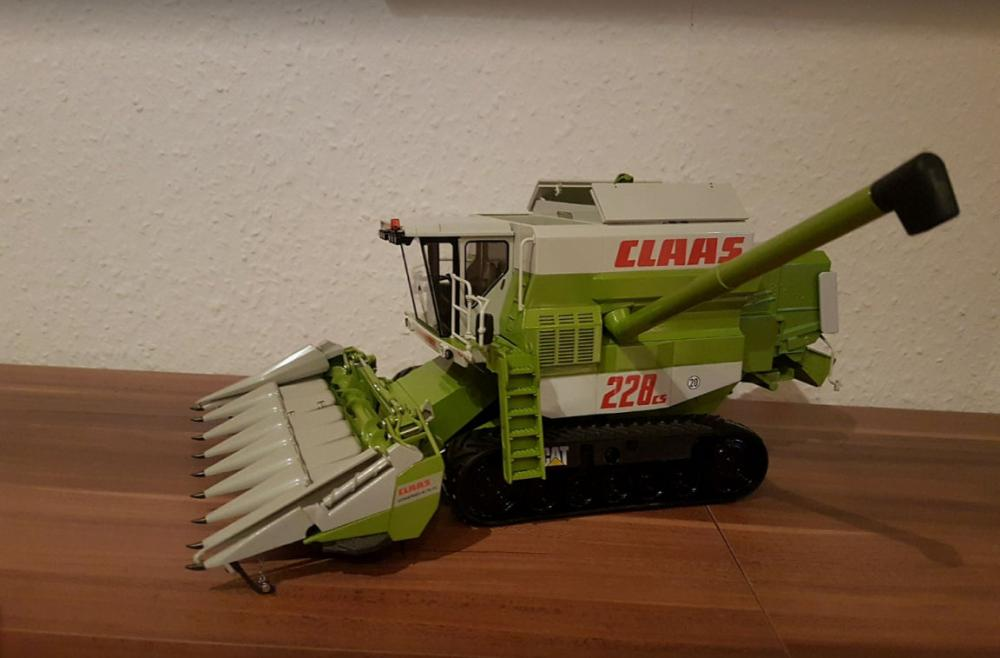 Wiking Claas 228CS 4.jpg