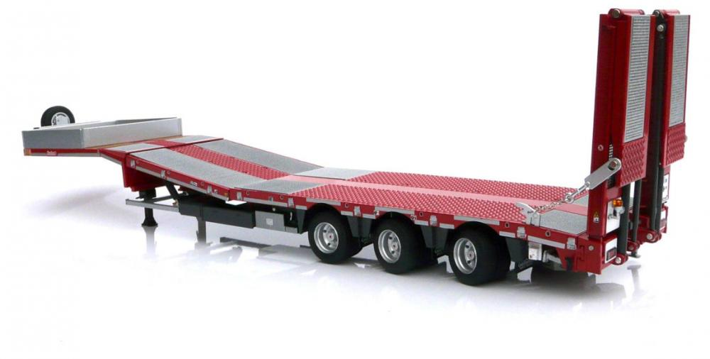 Marge models 1-32 low loader 2.jpg